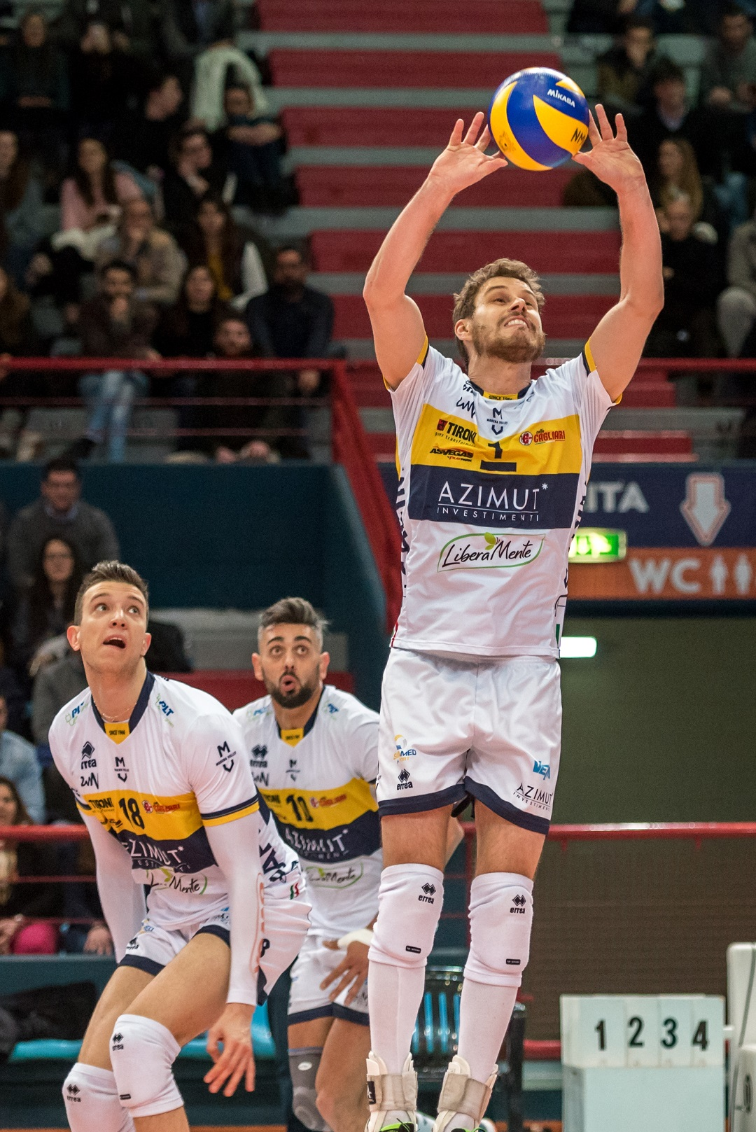 Modena volley l azimut modena volley si impone 3 0 a for Casa modena volley