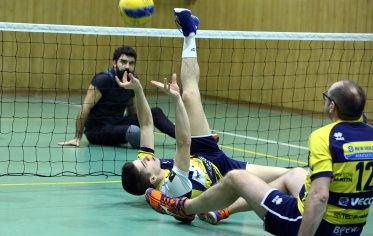 Sitting Volley 16